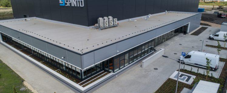 Magyar tulajdonú autóipari gyárat adtak át Miskolcon